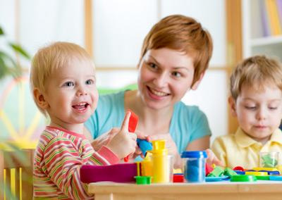 Leistungen der Erziehung von Kindern und Jugendlichen sind umsatzsteuerbefreit.