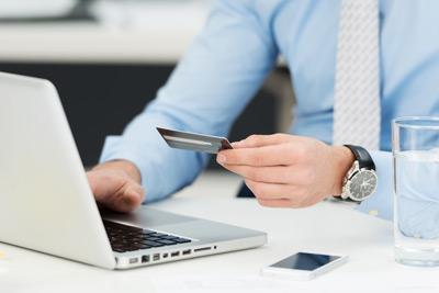 Onlinehändler müssen über Herstellergarantien informieren