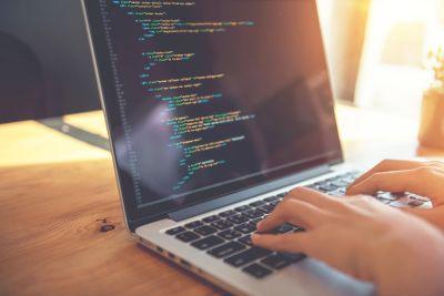 Die GPL: Unbeschränkte Nutzungsrechte Dritter allein durch Modifikation der Originalsoftware?