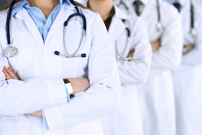 Sind Mannschaftsärzte sozialversicherungspflichtig?